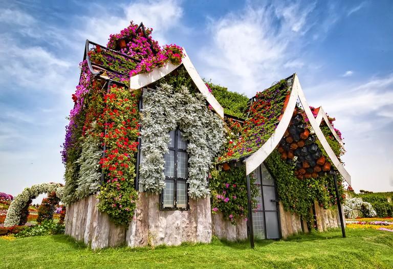Miracle Garden house |©Vikramjit Kakati / Wikimedia commons.wikimedia.org/wiki/File:Miracle_Garden.jpg