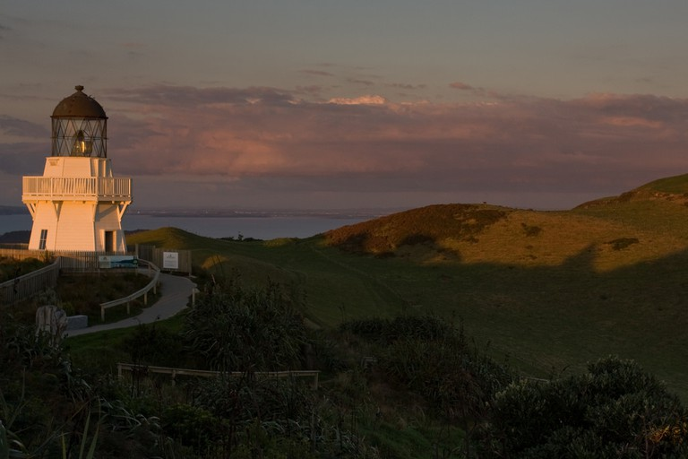 Manukau Heads Lighthouse, Awhitu Peninsula | © russellstreet/Flickr