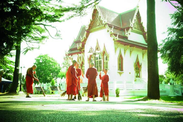 Wat Buddhapadipa Temple, Wimbledon