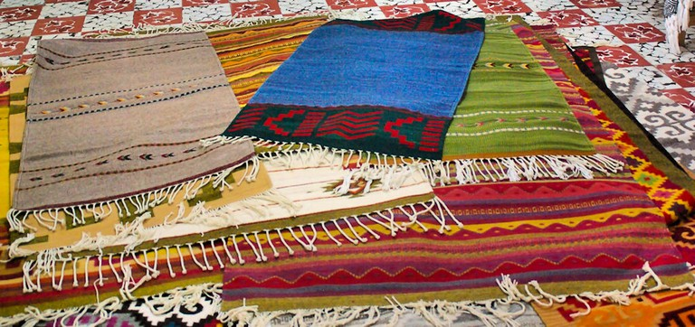 Rugs from Teotitlán | © Byron Howes/Flickr