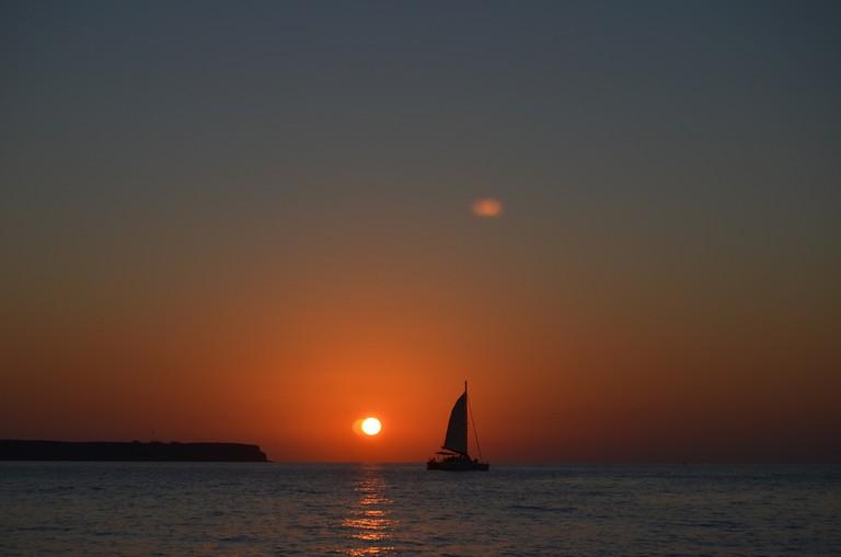Sunset Cruise, Santorini | © Ernest McGray, Jr./Flickr