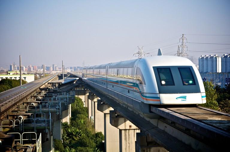 Shanghai Maglev | ©Max Talbot-Minkin/Flickr