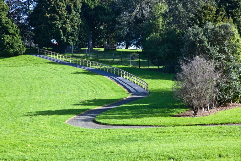 Monte Cecilia Park, Hillsborough, Auckland   © russellstreet/Flickr