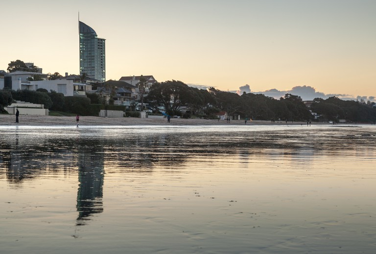 Takapuna Beach | © russellstreet/Flickr