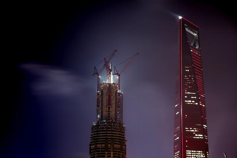 Construction of Shanghai Tower | ©jo.sau/Flickr