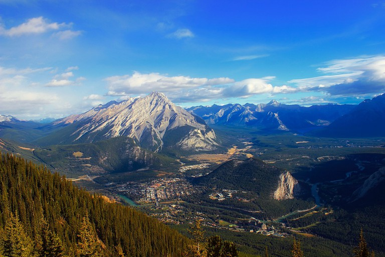 Looking down on Banff | © TPSDave / Pixabay