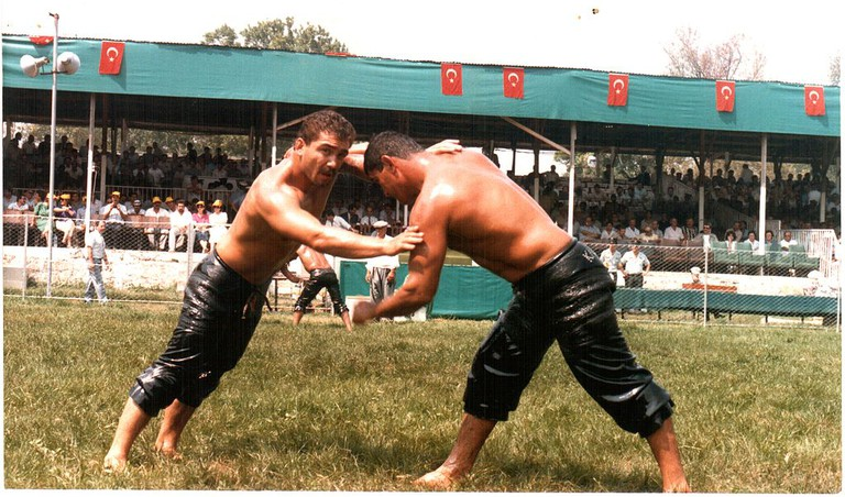 Oil Wrestling | © Alperx/Wikimedia Commons
