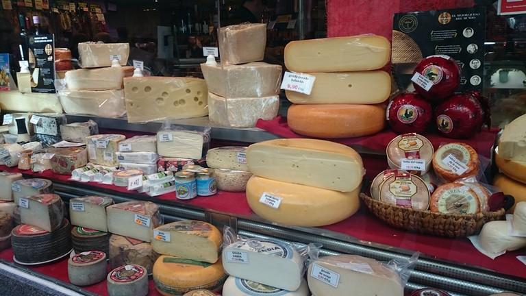 Cheeses galore | © Lori Zaino