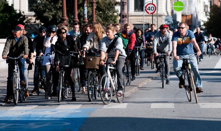 Cyclists gathering   © Heb/Wikicommons