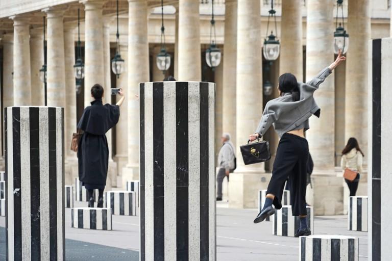 Daniel Buren's Les Deux Plateaux at the Palais Royal │© Jean-Pierre Dalbéra / Flickr
