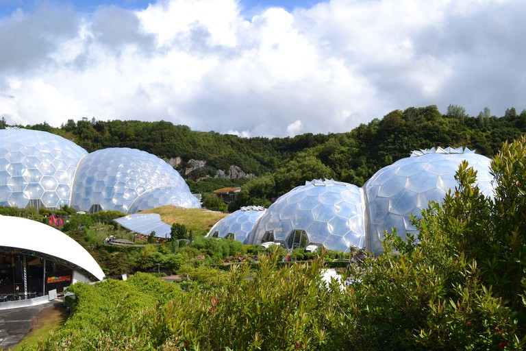 The Eden Project biomes © Pixabay