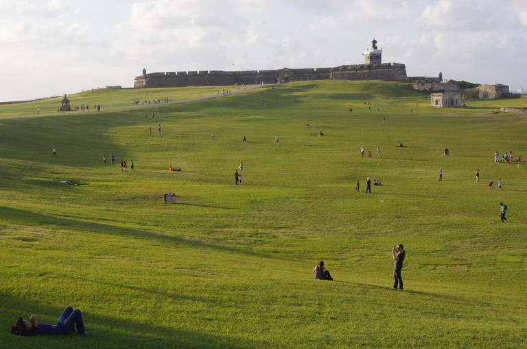 El Morro and Lawn | © Ken and Nyetta/ Flickr