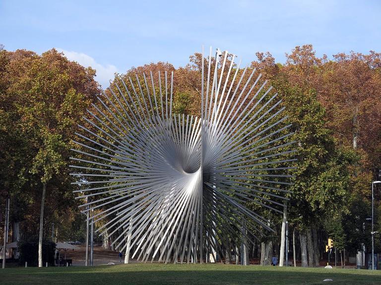 Escultura per a Europa by Andreu Alfaro | ©Enric / Wikimedia Commons