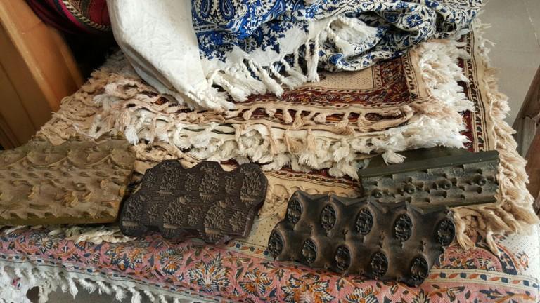 Textile printing cloths and stamps | © Pontia Fallahi
