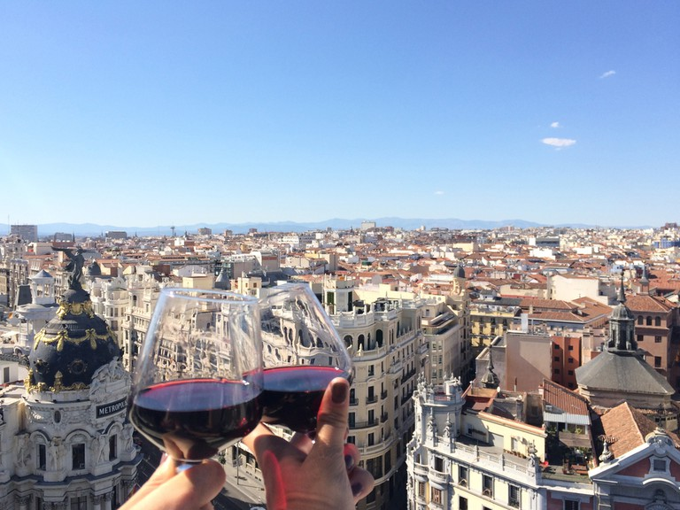 Happy hour on the rooftop in Madrid| © Carly Clem Creative/Shutterstock