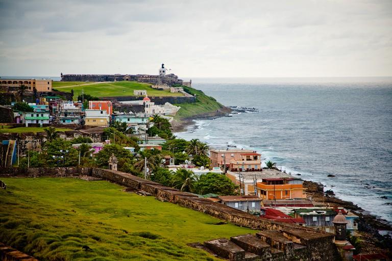 La Perla between El Morro Castle and Fort San Cristobal   © Breezy Baldwin/ Flickr