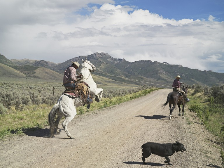 Lucas Foglia, Casey and Rowdy Horse Training, 71 Ranch, Deeth, Nevada 2012 | © Lucas Foglia