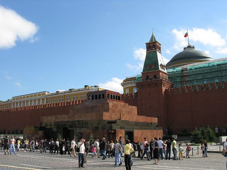 Moscow_-_Lenin's_Mausoleum