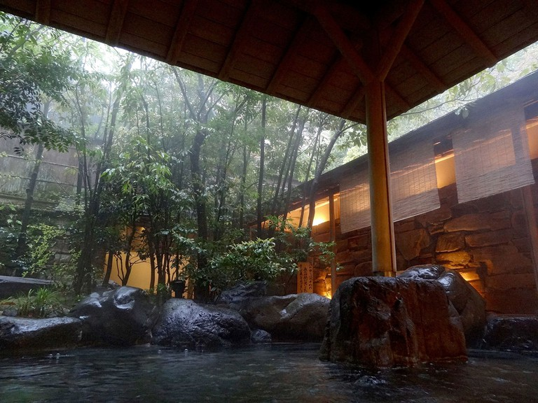 Nishimuraya Hotel Shogetsutei in Kinosaki Onsen town, Toyooka, Hyogo prefecture, Japan.| ©663highland / Wikimedia Commons