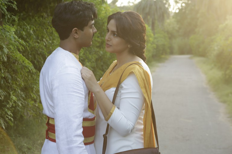 Manish Dayal (Jeet) and Huma Qureshi (Aalia) in VICEROY'S HOUSE | © Pathe