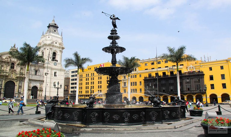 Lima's Plaza de Armas fountain dates to 1651 | ©Paulo Guereta/Wikipedia