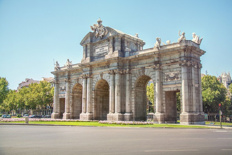 The Gate of Alcalá| © Juanedc.com/Flickr