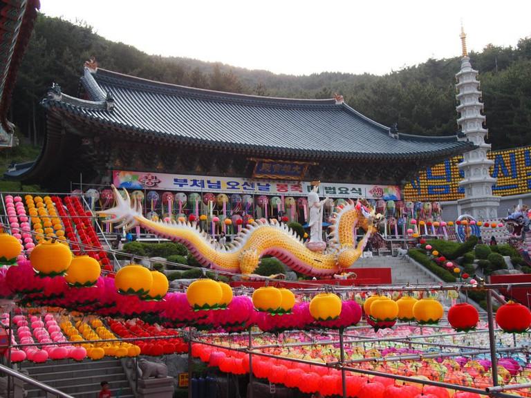 Samgwang Temple in Busan during Buddha's Birthday | © Mimsie Ladner
