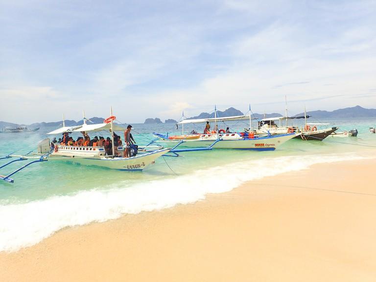 7 Commandos Beach | © Kelsey Madison