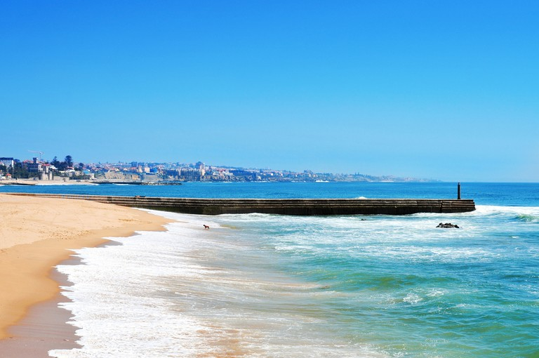 Estoril Beach, Lisbon | © Shutterstock