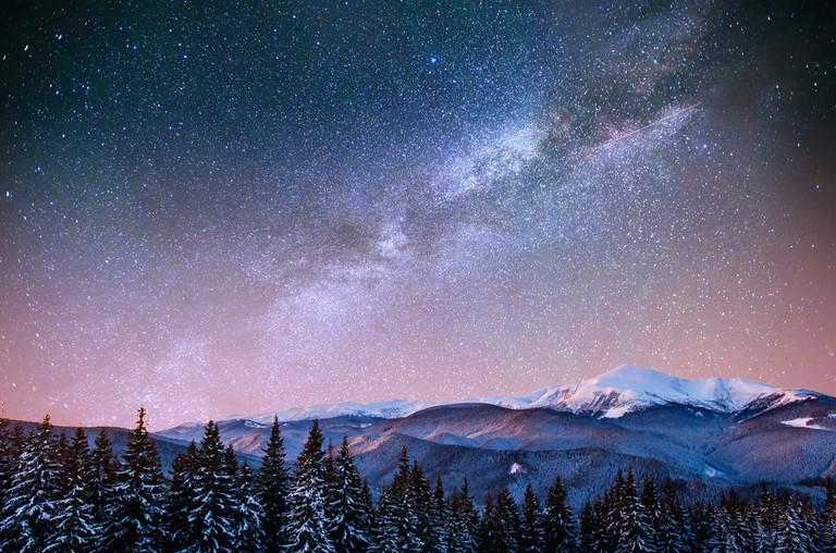 Winter meteor shower in Ukraine | © Standret / Shutterstock