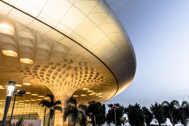 Chhatrapati Shivaji International Airport at evening in Mumbai,India © Chansak Joe / Shutterstock