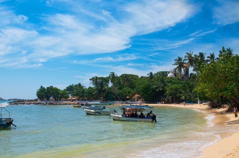 Unawatuna Beach, on Sri Lanka's southern coast - Iris Liu - Flickr