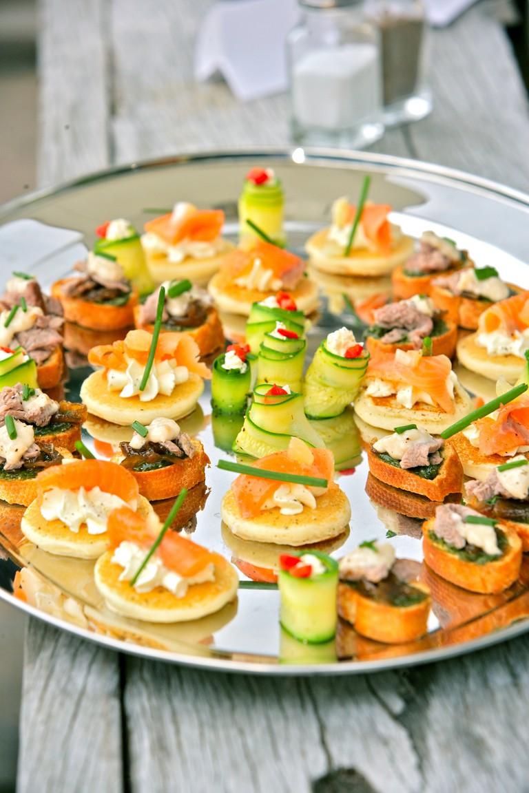 wedding food / (c) QueenstownRafting / FLickr