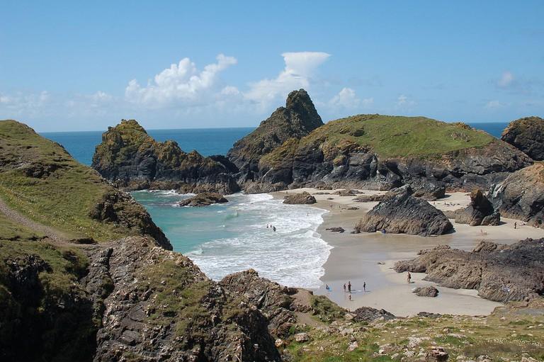 Kynance Cove ©Andy Wright/Wikimedia