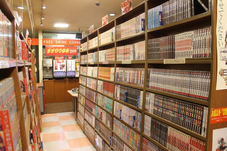Manga cafe (mangakissa)   © Connie Ma/Flickr
