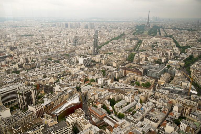 Looking out to Faubourg Saint Germain |© Ben Garrett/ Flickr
