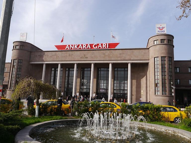 Ankara Train Station   © Fah112778/Wikimedia Commons