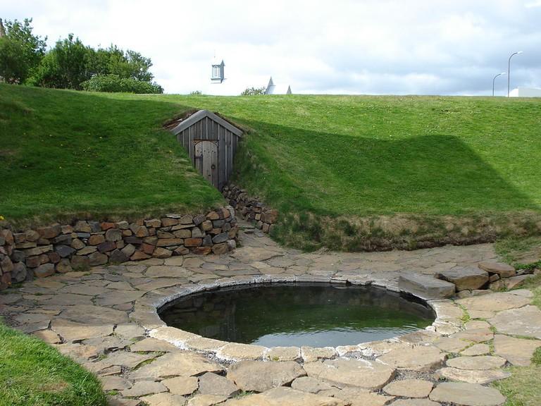 Snorralaug, in Reykholt | WikiCommons
