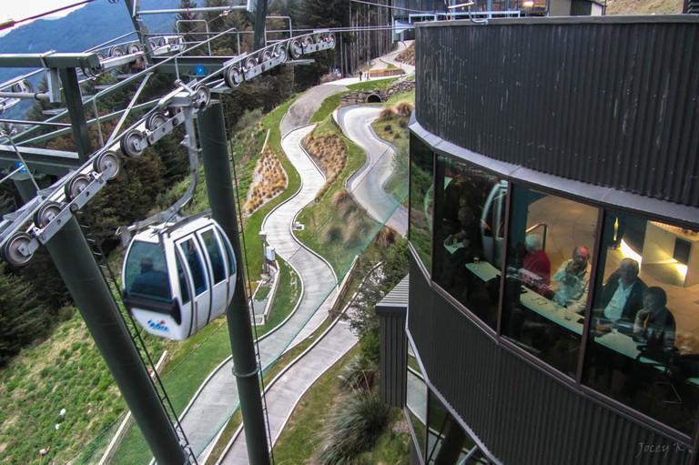 Skyline Gondola Area, Bob's Peak   © Jocelyn Kinghorn/Flickr