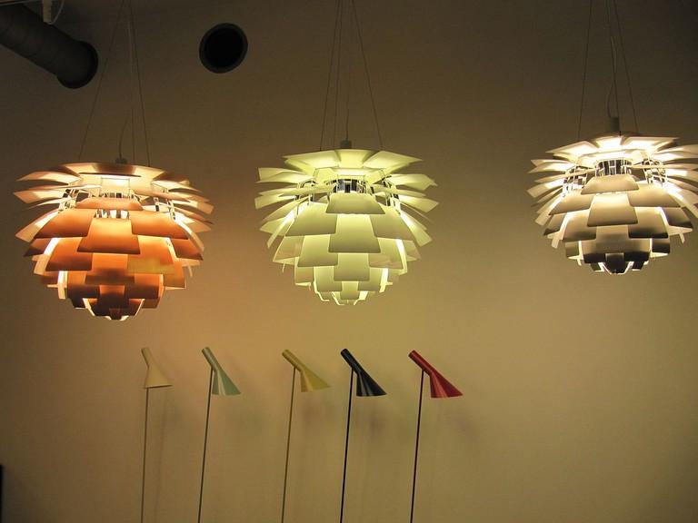 Artichoke Lamps | © lglazier618 / Wikimedia Commons
