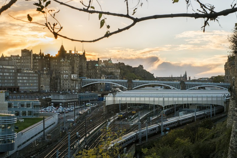 Edinburgh Waverley | © Riley Kaminer/Flickr