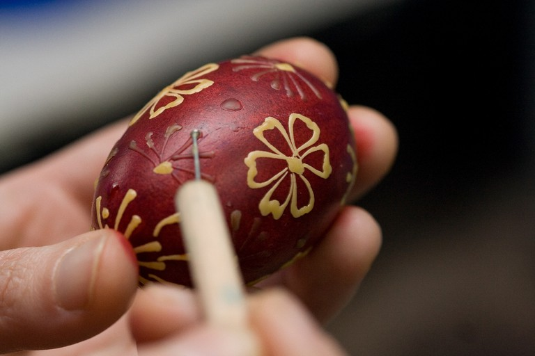 Decorating Easter eggs | © Ministry of Foreign Affairs of Poland/Flickr