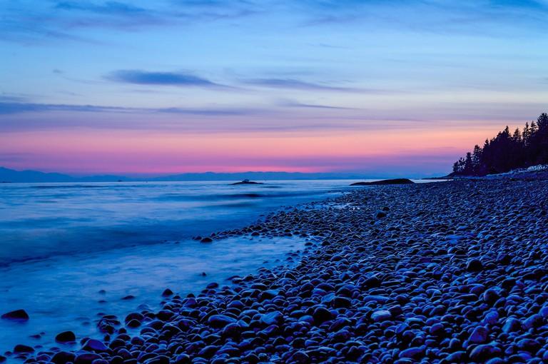 Beachside on BC's Sunshine Coast   © James Stewart / Flickr