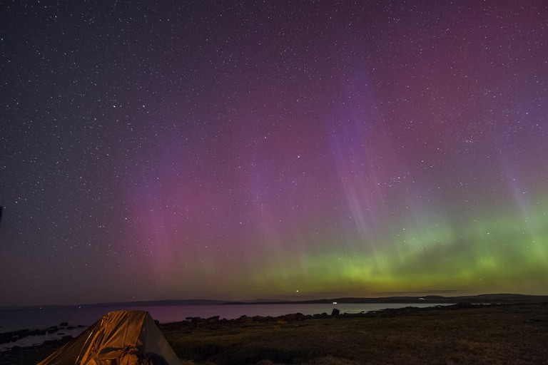Aurora and Tent, Bute | © Mark/Flickr
