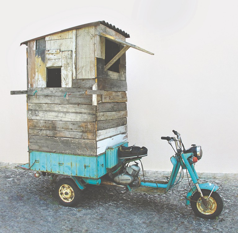Weekend, Carlos No, Portugal, 2012. Moto-tricycle, timber, PVC, glass, nylon | © Susana Dinis