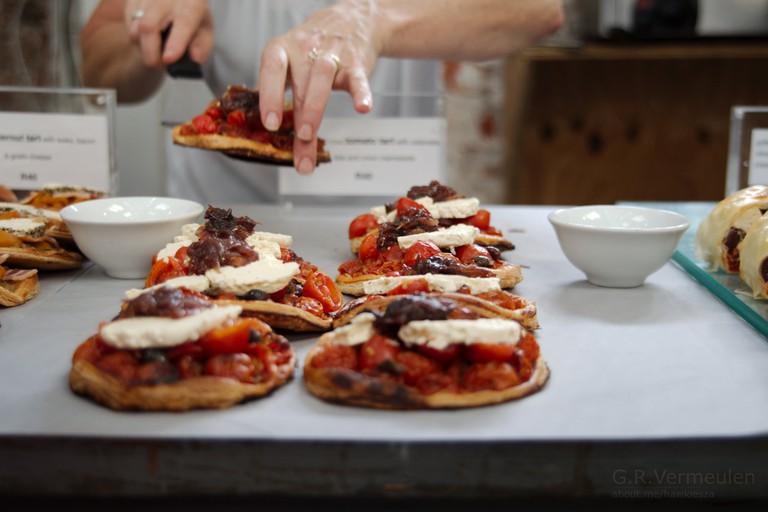 Artisanal food at the Neighbourgoods Market, Old Biscuit Mill © Gerrit Vermeulen / Flickr