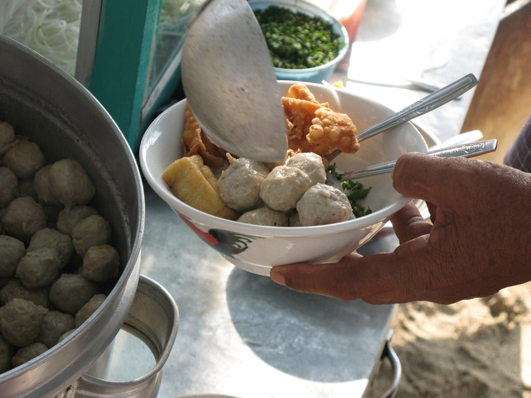 Bakso sold on a cart