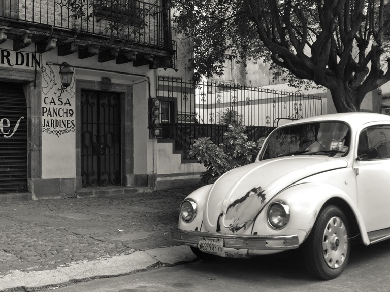 A Beetle in La Roma | © Danny Navarro/Flickr