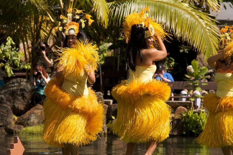 Tahitian dancers   © LuxTonnerre / Flickr