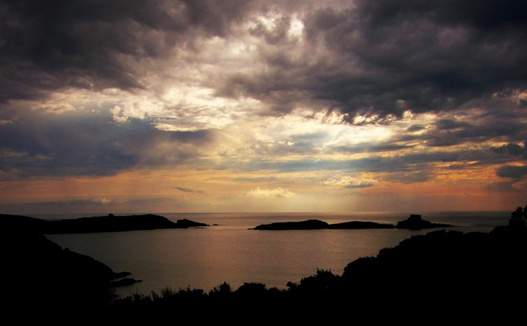 The Mediterranean island of Porquerolles at sunset   © Alpha de Centaure/flickr
